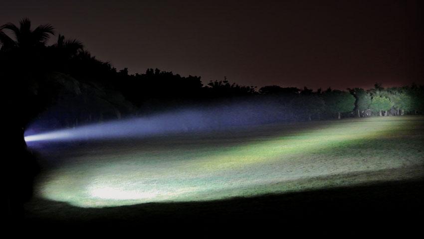 Fenix TK75 LED Flashlight, 2,600 Lumens, 4 levels, SOS and STROBE, 4 x ...